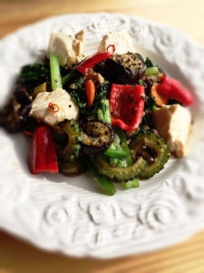 quinoa with tofu meal