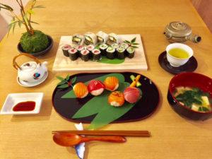 helathy rice tuna and salmon sushi course