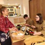 sushi eating time