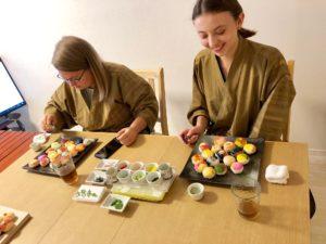 decorating temari sushi