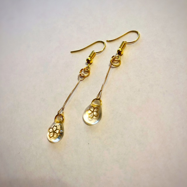 Japanse one drop earrings