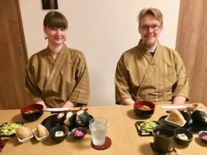 Guests with Onigiri set meal