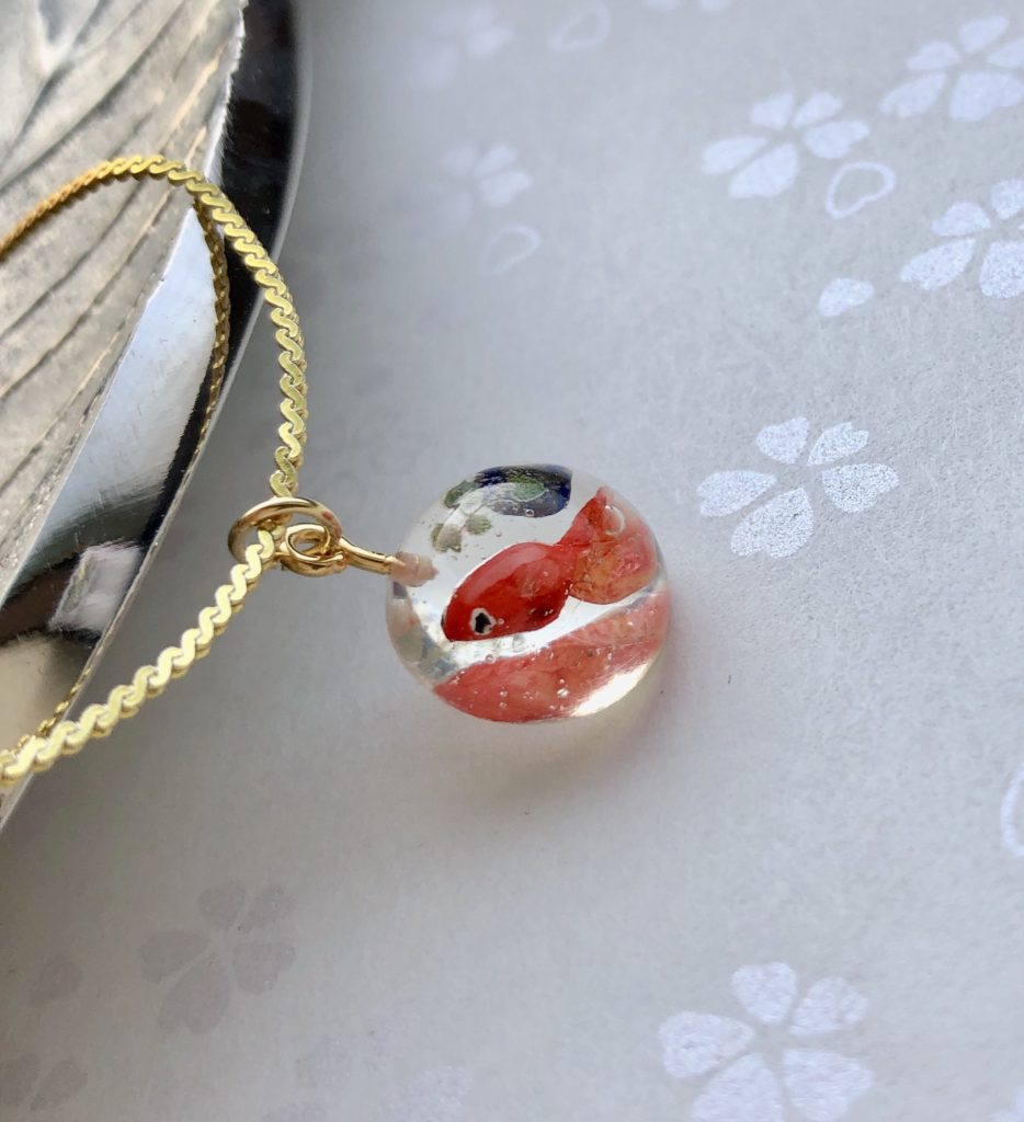 Unique 3D goldfish necklace