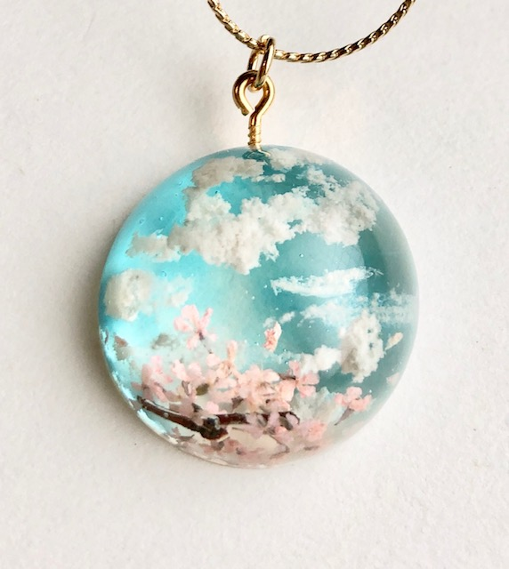Crystal dome 3D Japanese Spring sky necklace