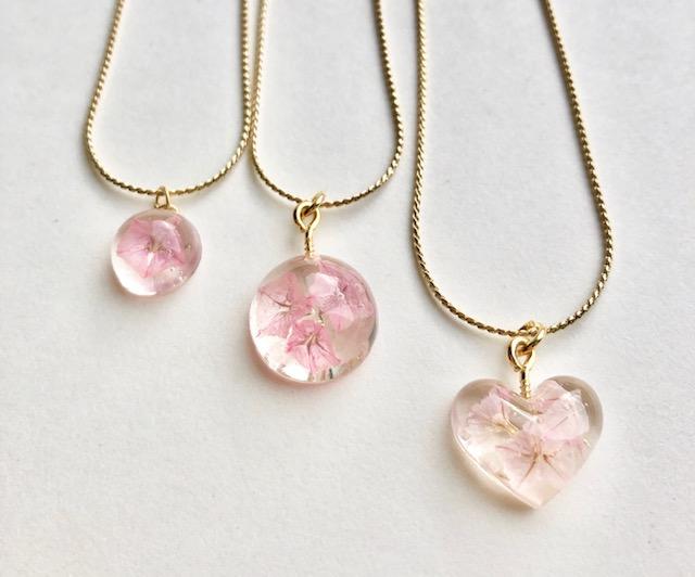 Sakura color real flower crystal necklace