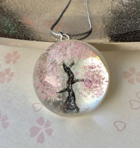 Japanese style crystal glass dome 3D painting cherry blossoms necklace