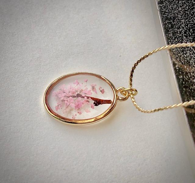 Japanese style oval 3D Sakura cherry blossoms neckclace