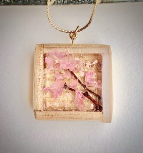 Unique wooden box Sakura color real flower necklace