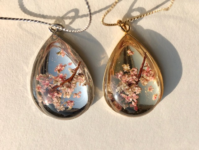 Japanese style crystal glass teardrop 3D cherry blossoms necklace