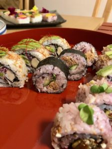 vegan roll sushi