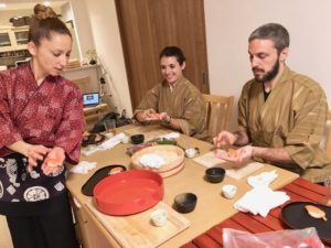 nigiri sushi making