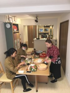 teamari sushi making