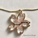 Amazing Sakura shaped cherry blossoms necklace
